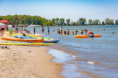2015_07_30_Fairport Harbor beach_022