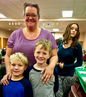 2016_12_25_willoughby-umc_christmas-dinner-2016_0003