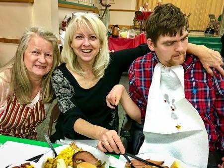 2016_12_25_willoughby-umc_christmas-dinner-2016_0006