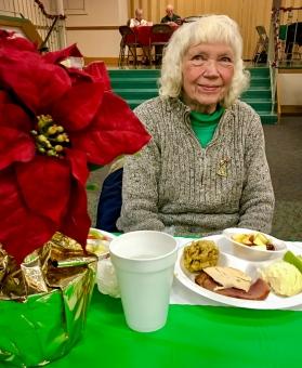 2016_12_25_willoughby-umc_christmas-dinner-2016_0007