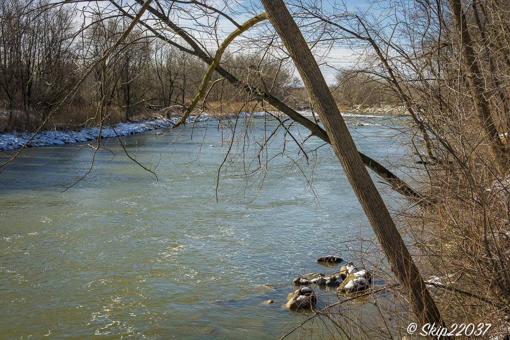 17_february_01_places-chagrin-river-park_winter-trail-walk_-123