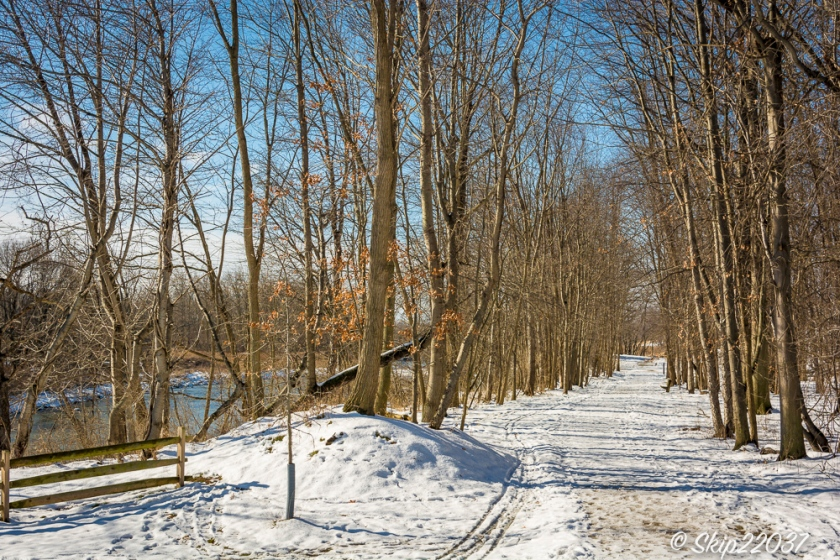 17_february_01_places-chagrin-river-park_winter-trail-walk_-127