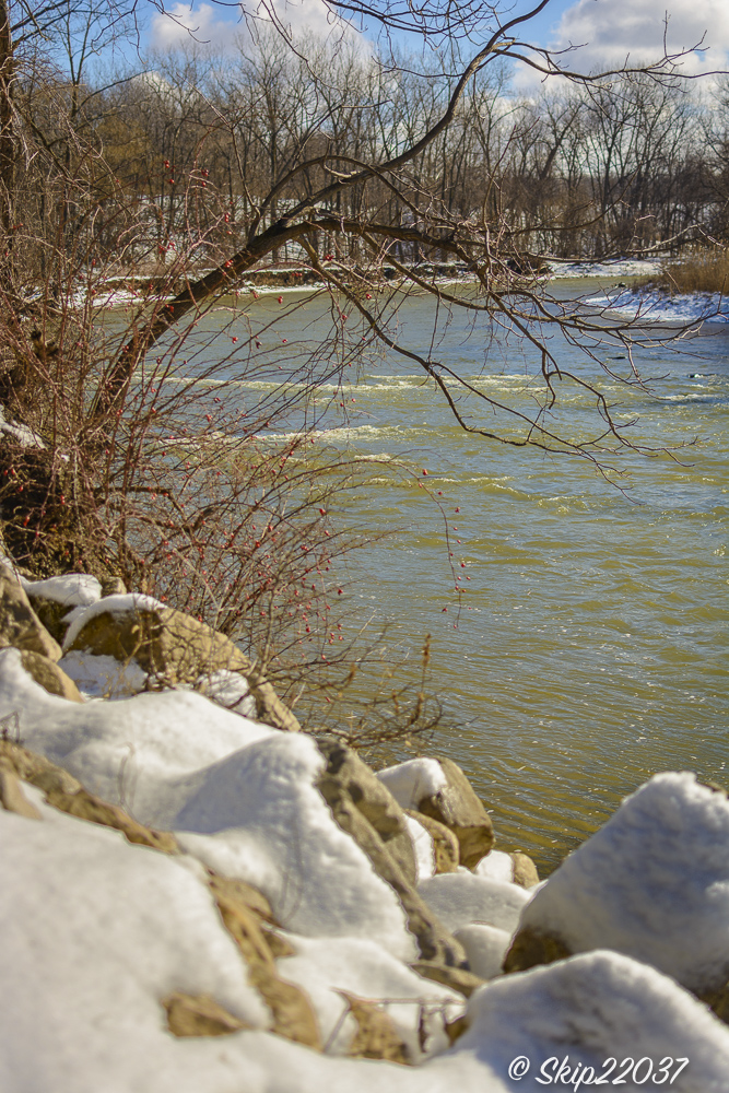 17_february_01_places-chagrin-river-park_winter-trail-walk_-136